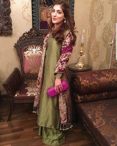 Salwar Kameez: Buy online Salwar Kameez for women at Cbazaar for weddings, festivals, and parties. Explore our collection of Salwar kameez with the latest designs. Pakistani Formal Dresses, Pakistani Wedding Outfits, Pakistani Dress Design, Indian Dresses, Indian Outfits, Mehendi Outfits, Indian Attire, Indian Ethnic Wear, Stylish Dresses
