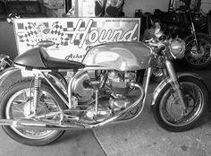 Norton Triton T120 - Built in 2000, Fontana 250 front brake, high spec engine and alloy everything!