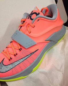 what stores sell foamposites nike kd vii
