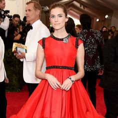 - Allison Williams at the MET Gala in Giambattista ValliPhoto: Getty Images