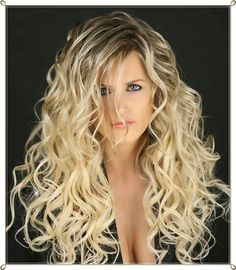 Frisuren blond lockig