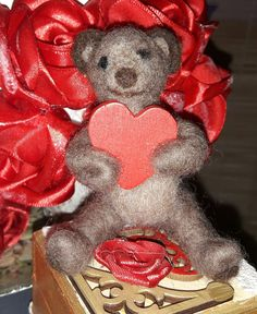 #needlefelted #bear #tűnemezelt #mackó