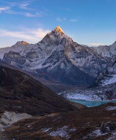 Mt. Ama Dablam Nepal [oc] [3977x4806] Photo taken during a trek to mt Everest via 3 passes trail. See my instagram for more stories from nepal http://ift.tt/1TkCaej