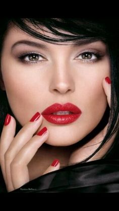 Red Lips & Nails♥♥