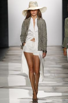 Greg Lauren Spring 2016 Ready-to-Wear Fashion Show. Printemps 2016 prêt-à-porter #mode #fashion
