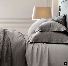 skoura:Absolutely in love with this bedding from Restoration Hardware.