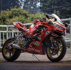 Kawasaki Motorcycles, Cars And Motorcycles, Ajin Anime, Kawasaki Ninja, Motorcycle Bike, Super Bikes, Motorbikes, Biker, Cool Bikes