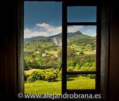 El paisaje de Doiras, en el concejo de Boal, visto desde el Palacio de Berdín.