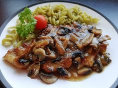 Fusilli, Spaghetti, Pork, Meat, Ethnic Recipes, Kale Stir Fry, Noodle, Pork Chops