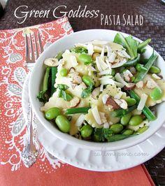 Green Goddess Pasta Salad - a clean take on pasta salad from #callmepmc http://www.callmepmc.com/2013/07/green-goddess-pasta-salad-a/