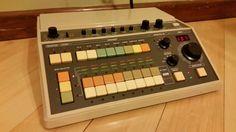 ROLAND CR-8000 CompuRhythm - Vintage Analog Drum Machine CR8000 Music Instrument