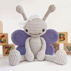 Hoje tem borboletas na série sobre decoração em crochê: ...