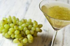 Drink de uva verde com vinho branco