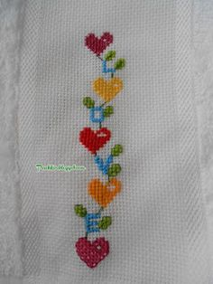 This Pin was discovered by Ays 123 Cross Stitch, Cross Stitch Boards, Cross Stitch Bookmarks, Cross Stitch Heart, Simple Cross Stitch, Cross Stitch Flowers, Cross Stitch Designs, Cross Stitch Patterns, Wool Embroidery