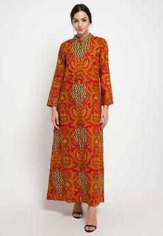 62 Model Gamis Batik Terbaru Populer 2020 – CuanLagi.Com Batik Fashion, Fashion Art, Model Kebaya, Kebaya Muslim, High Neck Dress, Dresses With Sleeves, Long Sleeve, Gowns With Sleeves, Sleeve Dresses