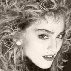 Addicted to Madonna Verona, Divas, Madonna Looks, Best Female Artists, Madonna Pictures, Michigan, Top 10 Hits, Cyndi Lauper, Star Wars