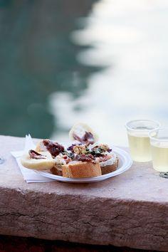 Ein Spaziergang durch Weinbars in Venedig nach dem Genussführer erschienen im Verlag Gräfe und Unzer.