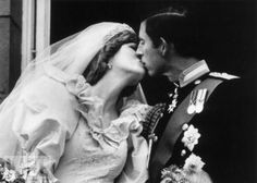 The first royal balcony kiss...Charles and Diana.