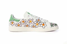 Stan Smith fleurs by Pharell Williams
