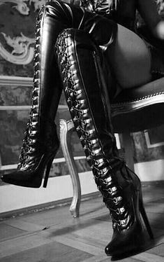 Lace up heels #laceuphighheelboots #blackhighheelslace