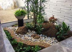 Cool 30+ Fabulous Front Yard Rock Garden Landscaping Ideas https://gardenmagz.com/30-fabulous-front-yard-rock-garden-landscaping-ideas/