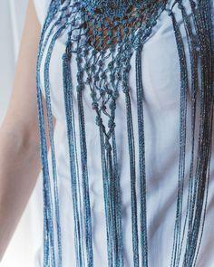 e53bf35f0f78 Tutorial  how to make a sparkly necklace.