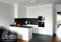 Condo Interior, Kitchen Interior, Kitchen Decor, Kitchen Design, Interior Design, Small Apartment Kitchen, Living Room Kitchen, Open Space Living, Home Organization Hacks
