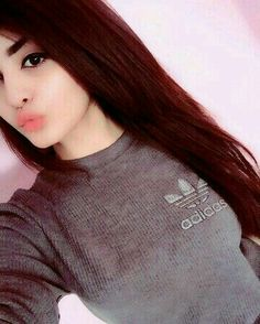 ♥AFSHA💋 Beautiful Girl Wallpaper, Beautiful Girl Photo, Cute Girl Photo, Cute Girl Poses, Girl Photo Poses, Cute Girls, Stylish Girls Photos, Stylish Girl Pic, Cool Girl Pictures