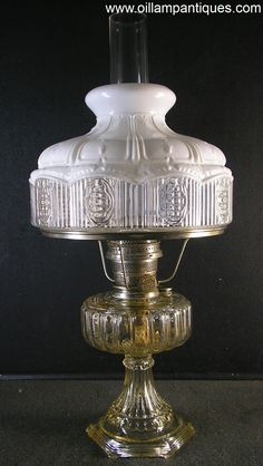 Aladdin Cathedral lamps were only produced in They came in three moonstone models (white, green and flesh) and three crystal colours (clear, amber and green). This kerosene mantle lamp is the clear crystal variety, Model Antique Light Fixtures, Antique Oil Lamps, Antique Lighting, Vintage Lamps, Antique Hurricane Lamps, Hurricane Oil Lamps, Art Deco Table Lamps, Art Deco Chandelier, Design Room