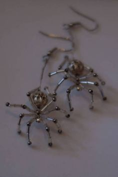 Beaded Spider Earrings Tutorial