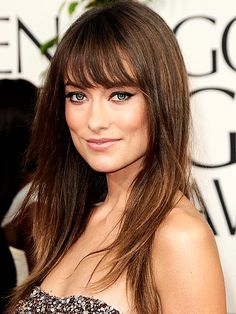 "OLIVIA WILDE'S MAKEUP  Makeup artist Spencer Barnes used Nars products to create a ""youthful, coquette-ish"" look that balanced her high-drama Marchesa dress.   Four Easy Steps  1: Prep skin with Sheer Glow foundation.   2: Top Pro-Prime Smudge-Proof Eyeshadow Base with a mix of pale gold Hollywoodland Eye Shadow Pencil and lilac-and-gold Nouveau Monde Eye Shadow Powder Duo.   3: Line eyes with chocolate Mambo Eyeliner Pencil and sweep on Larger Than Life Mascara.   4: Top Pure Matte Lipstick…"