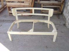 esqueleto estructura de silla sillon matero doble a tapizar Unfinished Furniture, Wood Furniture, Furniture Design, Lounge Chair, Sofa Chair, Tub Chair, Diy Furniture Easy, Furniture Makeover, Sofa Frame