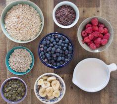 Bircher Muesli with Almond Milk - DeliciouslyElla Almond Milk Recipes, Homemade Almond Milk, Clean Recipes, Raw Food Recipes, Muesli Recipe, Deliciously Ella, Healthy Treats, Healthy Food, Healthy Life