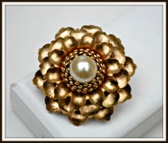Hey, I found this really awesome Etsy listing at https://www.etsy.com/listing/187139784/flower-brooch-with-pearl-cabochon-and