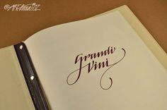 vinný lístek - logotyp – ručně psané písmo v tisku: