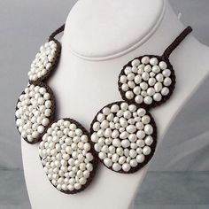 Cotton and Natural Pearl Mosaic Bubble Bib Necklace (3-5 mm) (Thailand)