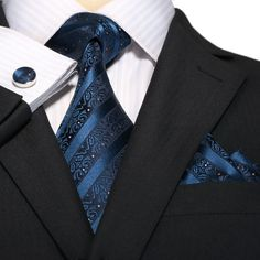 Shop for beautifully-designed men's silk necktie sets, wedding ties and bowties at a great price. Wide selection of colorful men's tie, pocket Men's Fashion, Mens Fashion Suits, Moda Men, Tie And Pocket Square, Pocket Squares, Mens Silk Ties, Suit Accessories, Tie Set, Suit And Tie