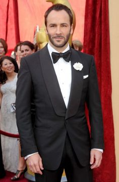 Tom Ford Tuxedo with Shawl Collar & Cuffs 2010. Buttonhole and a pocketsquare. Very, elegant and a classic look. Love a shawl collar.