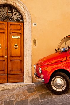 Convenient Parking at your doorstep, Montepulciano Tuscany, Italy