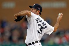 Justin Verlander pitched a gem to give the Tigers the 1-0 lead in the ALDS.