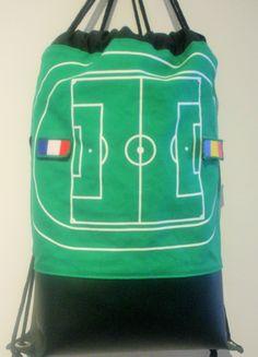 Gut vorbereitet für das Eröffnungsspiel der EM 2016  mit diesem nahtSachen Beutel :-)