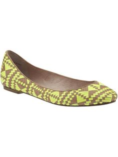 Obsessed with these flats. And they are Olivia Palermo's pick on Piperlime. All the more reason to buy them :)