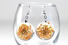 Orange Flower Resin Earrings, Orange Flower Resin Jewelry, Orange Flower Earrings, Orange Resin Flower Earrings, Orange Resin Flower Jewelry by CraftivityWorkshop on Etsy https://www.etsy.com/listing/203037885/orange-flower-resin-earrings-orange