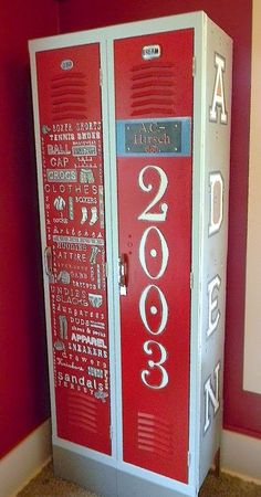 Discover recipes, home ideas, style inspiration and other ideas to try. Locker Furniture, Diy Furniture Tv Stand, Funky Furniture, Painted Furniture, Repurposed Lockers, Vintage Lockers, Metal Lockers, Fashion Kids, Fashion Room