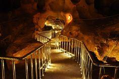 Taşkuyu mağarası/Tarsus/Mersin/// Taşkuyu mağarası, Mersin ili Tarsus ilçesi, Taşkuyu Köyü'nün yaklaşık 10 km kuzeybatısında bulunan mağara. Taşkuyu Mağarası; permo-karbonifer yaşlı mermerler ile bunları örten miyosen yaşlı kireçtaşları dokanağında gelişmiştir. Tourism, Table Lamp, Lighting, Places, Travel, Home Decor, Viajes, Turismo, Table Lamps