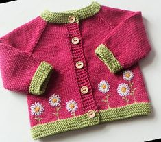 Baby Knitting Patterns, Baby Patterns, Baby Girl Sweaters, Knitted Baby Clothes, Double Knitting, Hand Knitting, Start Knitting, Rosa Pullover, Pull Bebe