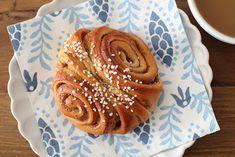 pikku murusia: Korvapuustit Tuli, Pancakes, Sweets, Baking, Breakfast, Food, Morning Coffee, Gummi Candy, Candy