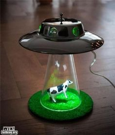Cow Abduction lamp :) THIS IS AMAZING!!!!!!!!!!!!!!!!!!!!!!!!!!!!!!