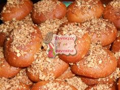 Μελομακάρονα Greek Sweets, Greek Desserts, Greek Recipes, Greek Christmas, Greek Pastries, Pretzel Bites, Bread, Ethnic Recipes, Greek Beauty