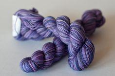 Koigu Painter's Palette Premium Merino (KPPPM) - p 305 - purples